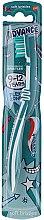 Parfémy, Parfumerie, kosmetika Dětský zubní kartáček, 9–12 let, bílo-tyrkysový - Aquafresh Advance Soft Bristles