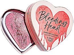 Parfémy, Parfumerie, kosmetika Rozjasňovač na obličej - I Heart Revolution Bleeding Heart Highlighter
