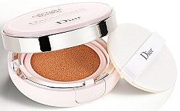 Parfémy, Parfumerie, kosmetika Dlouhotrvající make-up v houbičce - Dior Capture Totale Dream Skin Perfect Skin Cushion SPF 50/PA+++