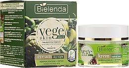 Parfémy, Parfumerie, kosmetika Krém na smíšenou a mastnou pleť - Bielenda Vege Skin Diet