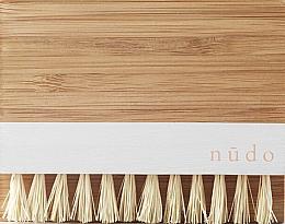 Parfémy, Parfumerie, kosmetika Bambusový štětec na nehty sisalovými štětinami - Nudo Nature Made Bamboo Nail Brush With Sisal Bristles