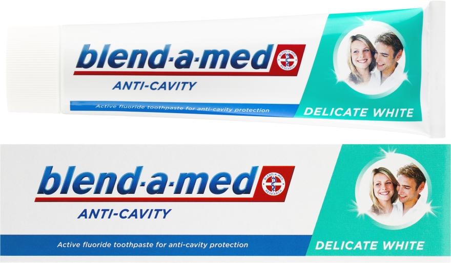 """Zubní pasta """"Delikátní bělení"""" - Blend-a-med Anti-Cavity Delicate White"""