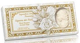 Parfémy, Parfumerie, kosmetika Sada prírodního mýdla ve tvaru slečny Kytice - Saponificio Artigianale Floral Bouquet Soap (soap/3pcsx125g)