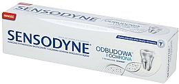 Parfémy, Parfumerie, kosmetika Zubní pasta obnova a ochrana, jemné bělení - Sensodyne Repair & Protect Whitening