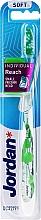Parfémy, Parfumerie, kosmetika Měkký průhledný zubní kartáček s břízou, s ochranným krytem - Jordan Individual Reach Soft