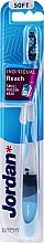 Parfémy, Parfumerie, kosmetika Měkký světle modrý průhledný zubní kartáček s rackem, s ochranným krytem - Jordan Individual Reach Soft
