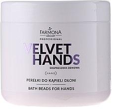 Parfémy, Parfumerie, kosmetika Perly do koupele na ruce s vůní lilií a šeříků - Farmona Professional Velvet Hands Bath Beads For Hands