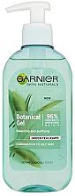 Parfémy, Parfumerie, kosmetika Čisticí gel - Garnier Skin Naturals Botanical Gel Green Tea Leaves