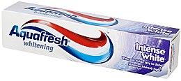 Parfémy, Parfumerie, kosmetika Bělící zubní pasta - Aquafresh Whitening Intense White Toothpaste