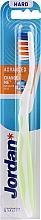 Parfémy, Parfumerie, kosmetika Zubní kartáček, tvrdý, bez ochranného krytu, bílo-zelený - Jordan Advanced Toothbrush