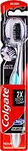 Parfémy, Parfumerie, kosmetika Zubní kartáček - Colgate 360 Charcoal Black Medium
