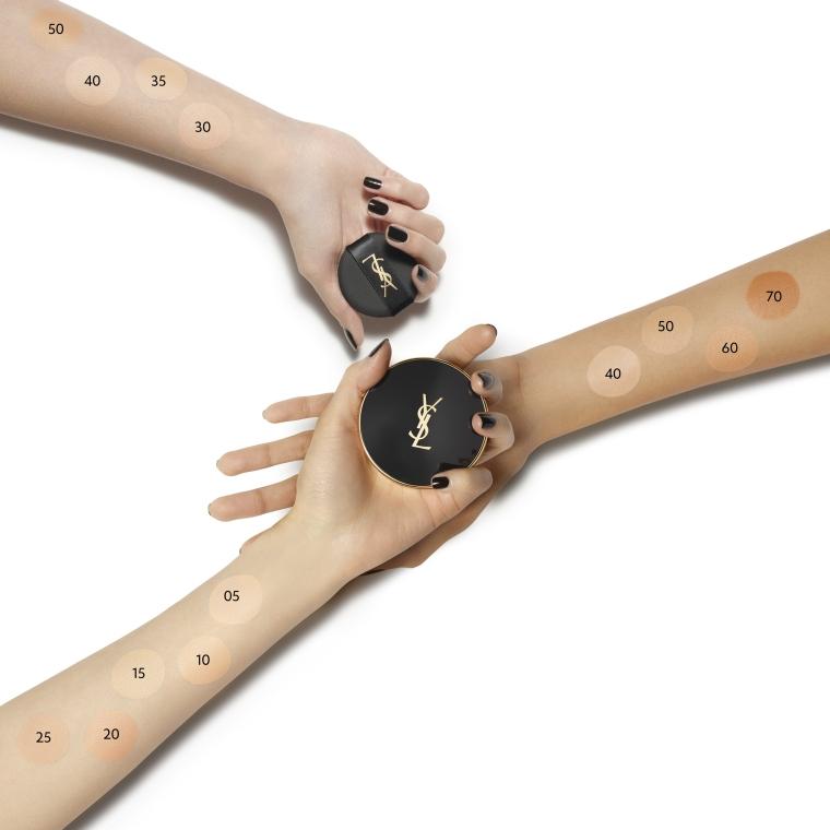 Make-up v houbičce - Yves Saint Laurent Fushion Ink Cushion Foundation SPF 23 — foto N5