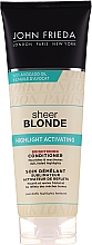 Parfémy, Parfumerie, kosmetika Zesvětlující kondicionér-aktivátor - John Frieda Sheer Blonde Highlight Activating Brightening Conditioner