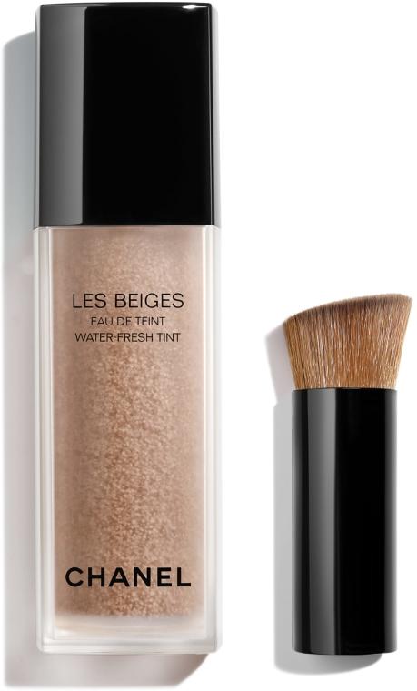 Tónovací fluid na tvář - Chanel Les Beiges Eau De Teint