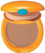 Parfémy, Parfumerie, kosmetika Kompaktní make-up se sluneční ochranou - Shiseido Tanning Compact Foundation N SPF 6
