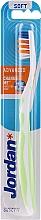Parfémy, Parfumerie, kosmetika Zubní kartáček měkký Advanced, bílo-zelený - Jordan Advanced Soft Toothbrush
