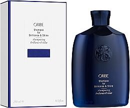 Parfémy, Parfumerie, kosmetika Šampon pro lesk vlasů - Oribe Brilliance & Shine Shampoo