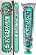 Parfémy, Parfumerie, kosmetika Zubní pasta s xylitolem - Marvis Classic Strong Mint + Xylitol