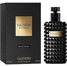 Parfémy, Parfumerie, kosmetika Valentino Noir Absolu Musc Essence - Parfémovaná voda
