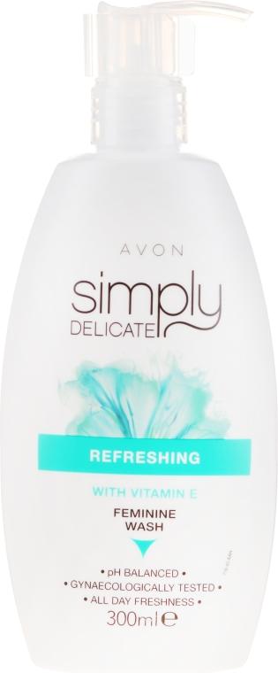 Osvěžující tekutina pro intimní hygienu s vitamínem E - Avon Simply Delicate