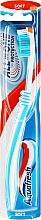 Parfémy, Parfumerie, kosmetika Měkký zubní kartáček, modrobílý - Aquafresh All In One Protection