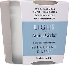 Parfémy, Parfumerie, kosmetika Aromatická svíčka Máta a limetka - AromaWorks Light Range Spearmint & Lime Candle