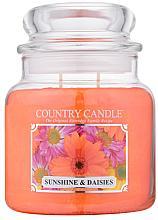 "Parfémy, Parfumerie, kosmetika Vonná svíčka "" Slunce a heřmánek "" (sklenice) - Country Candle Sunshine & Daisies"