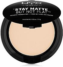 Parfémy, Parfumerie, kosmetika Pudr na obličej - NYX Professional Makeup Stay Matte But Not Flat Powder Foundation