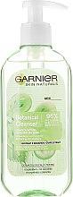 Parfémy, Parfumerie, kosmetika Osvěžující gel na mytí s hroznovým extraktem - Garnier Skin Naturals Botanical Grape Extract Refreshing Gel Wash
