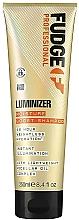 Parfémy, Parfumerie, kosmetika Hydratační šampon pro ochranu barvy barvených a poškozených vlasů - Fudge Luminizer Moisture Boost Shampoo