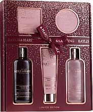 Parfémy, Parfumerie, kosmetika Sada - Baylis & Harding Cranberry Martini Limited Edition Set (sh/gel/300ml + sh/cr/300ml + h/b/lot/130ml + soap/150g + b/butter/100ml)