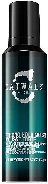 Pěna na úpravu vlasů se silnou fixací - Tigi Catwalk Strong Hold Mousse — foto N1