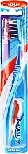 Parfémy, Parfumerie, kosmetika Zubní kartáček střední tvrdosti, modrý - Aquafresh Clean Deep Medium
