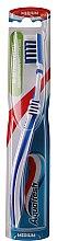 Parfémy, Parfumerie, kosmetika Zubní kartáček, bílo-modrý - Aquafresh In-beetwen Clean Medium