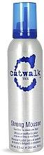Parfémy, Parfumerie, kosmetika Pěna pro objem vlasů - Tigi Catwalk Strong Mousse
