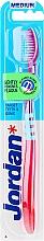 Parfémy, Parfumerie, kosmetika Zubní kartáček střední Target, růžový s modrou - Jordan Target Teeth & Gums Medium
