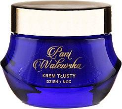 Parfémy, Parfumerie, kosmetika Výživný krém regenerační vyhlazující - Pani Walewska Classic Rich Day and Night Cream