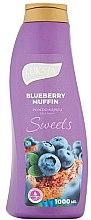 Parfémy, Parfumerie, kosmetika Pěna do koupele - Luksja Sweets Blueberry Muffin Bath Foam