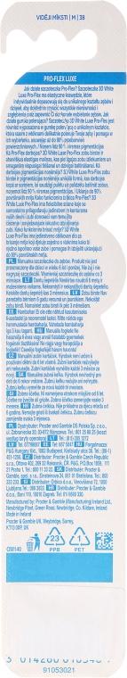 Zubní kartáček, modrý - Oral-B Proflex 3D White Luxe 38 Medium — foto N2